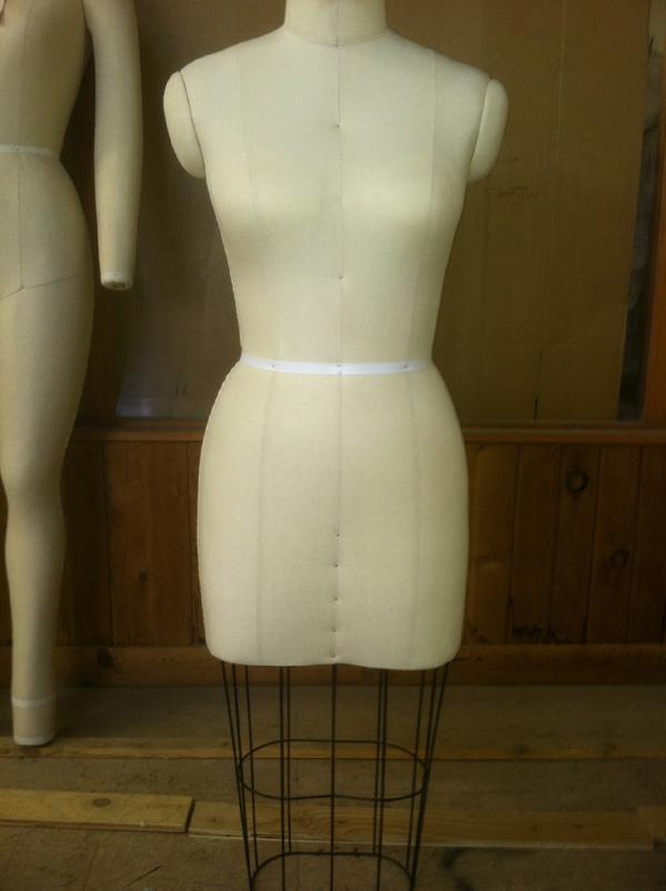 Wolf Straight Skirt Dress Form